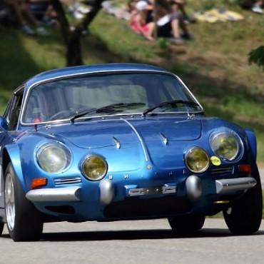 Proradia-réparation-reservoir-Renault-Alpine-berlinette-collection