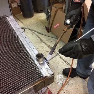 Proradia-réparation-radiateur-chariot-elevateur-02
