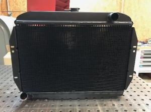 Proradia-radiateur-sur-mesure-Jeep-V8-5litres2-07